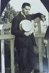 Francesc Canyameres dandy el 1923.