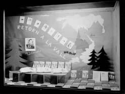 Maria Dolors Orriols: aparador dedicat a un altre dels seus llibres, Retorn a la Vall, 1951.