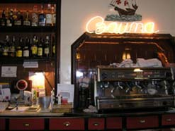 En el bar Bauma © Mercè Ibarz 2005